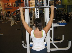 Medium Grip Lat Pulldown Start